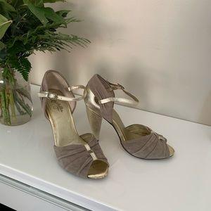 Seychelles Vintage look high heels